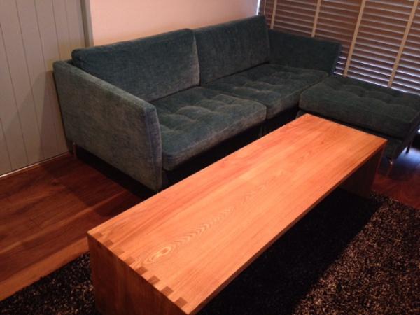 本物の家具